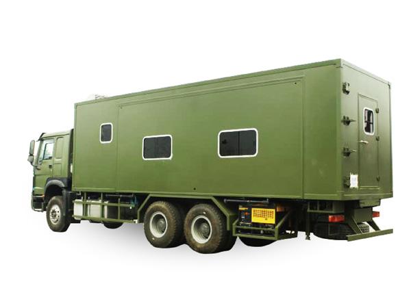 宿营消防车