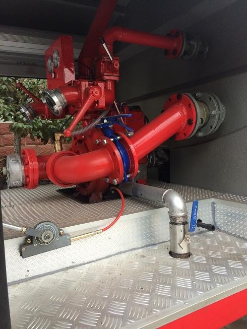消防车车泵