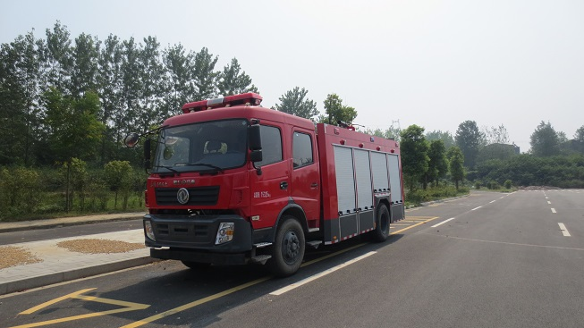 东风天锦森林消防车(6吨)