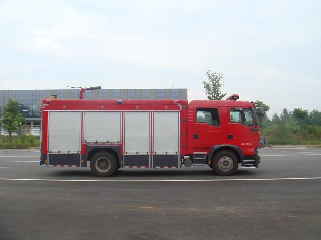 豪沃T5G森林消防车(5吨)图片