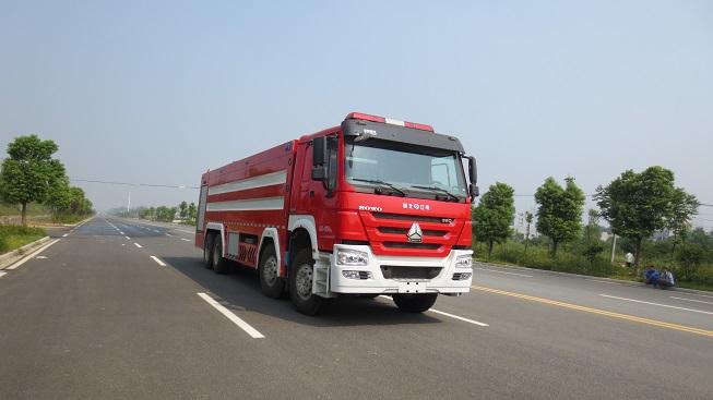 豪沃前四后八泡沫消防车(25吨)图片